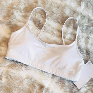 NWT Fabletics Lucia Sports Bra in Sienna/White